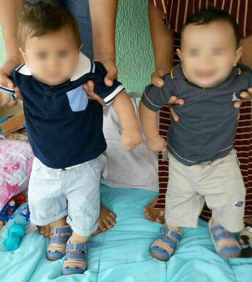 Famílias mantêm contato e bebês crescem próximos, segundo Francielli (Foto: Arquivo pessoal)