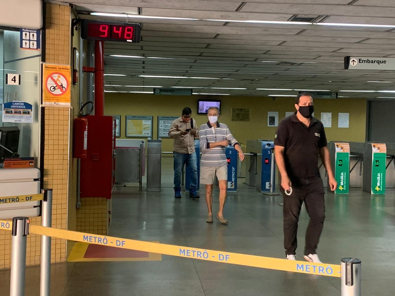 Coronavírus: DF tem 1º dia de uso obrigatório de máscara; veja fotos