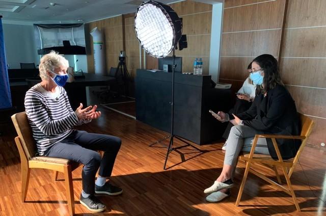 Karin Duarte entrevista Pia Sundhage (Foto: Divulgação/Globo)
