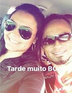 Mulher de Bruno faz postagem no Instagram com referência ao Boa Esporte (Foto: Reprodução / Instagram)