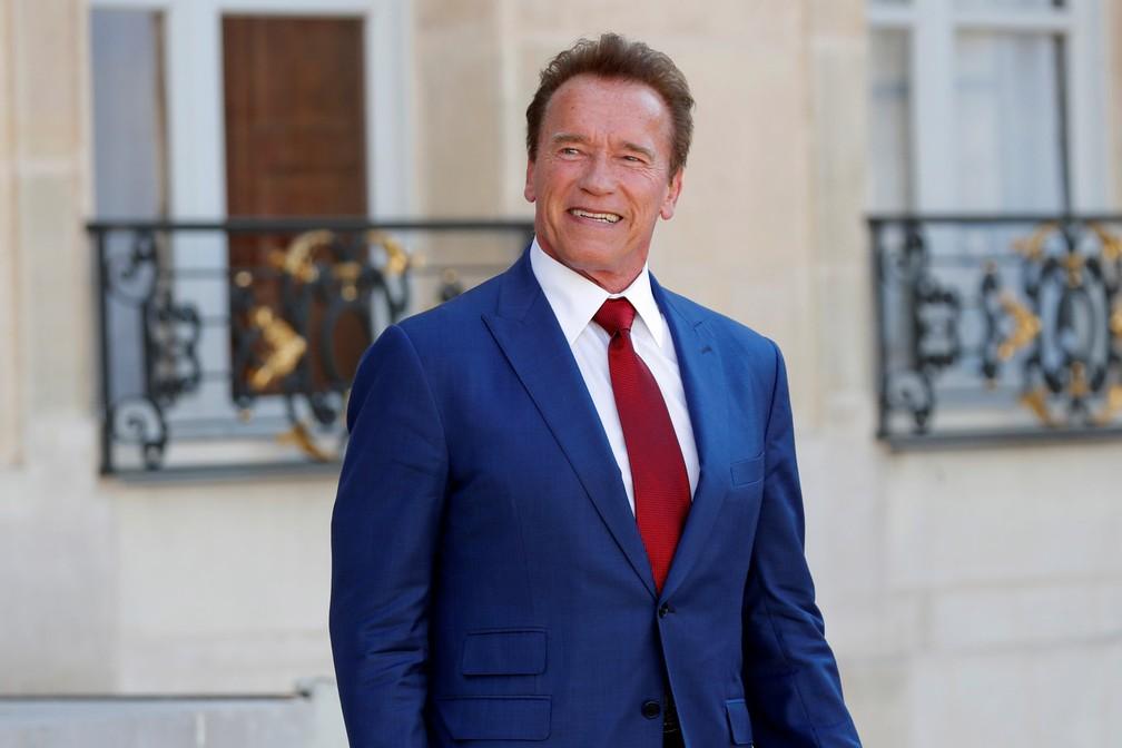 Ator Arnold Schwarzenegger, depois de uma reunião no Elysee Palace, em Paris, na França (Foto: Charles Platiau/Reuters)