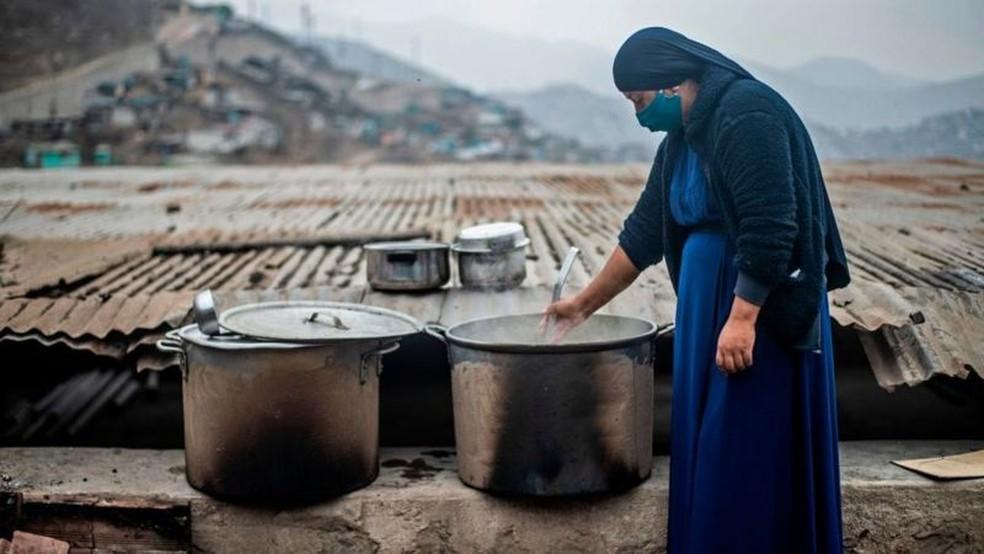 A Bloomberg também mediu a qualidade de vida dos países com base no desenvolvimento humano e no acesso à saúde — Foto: Getty Images/BBC