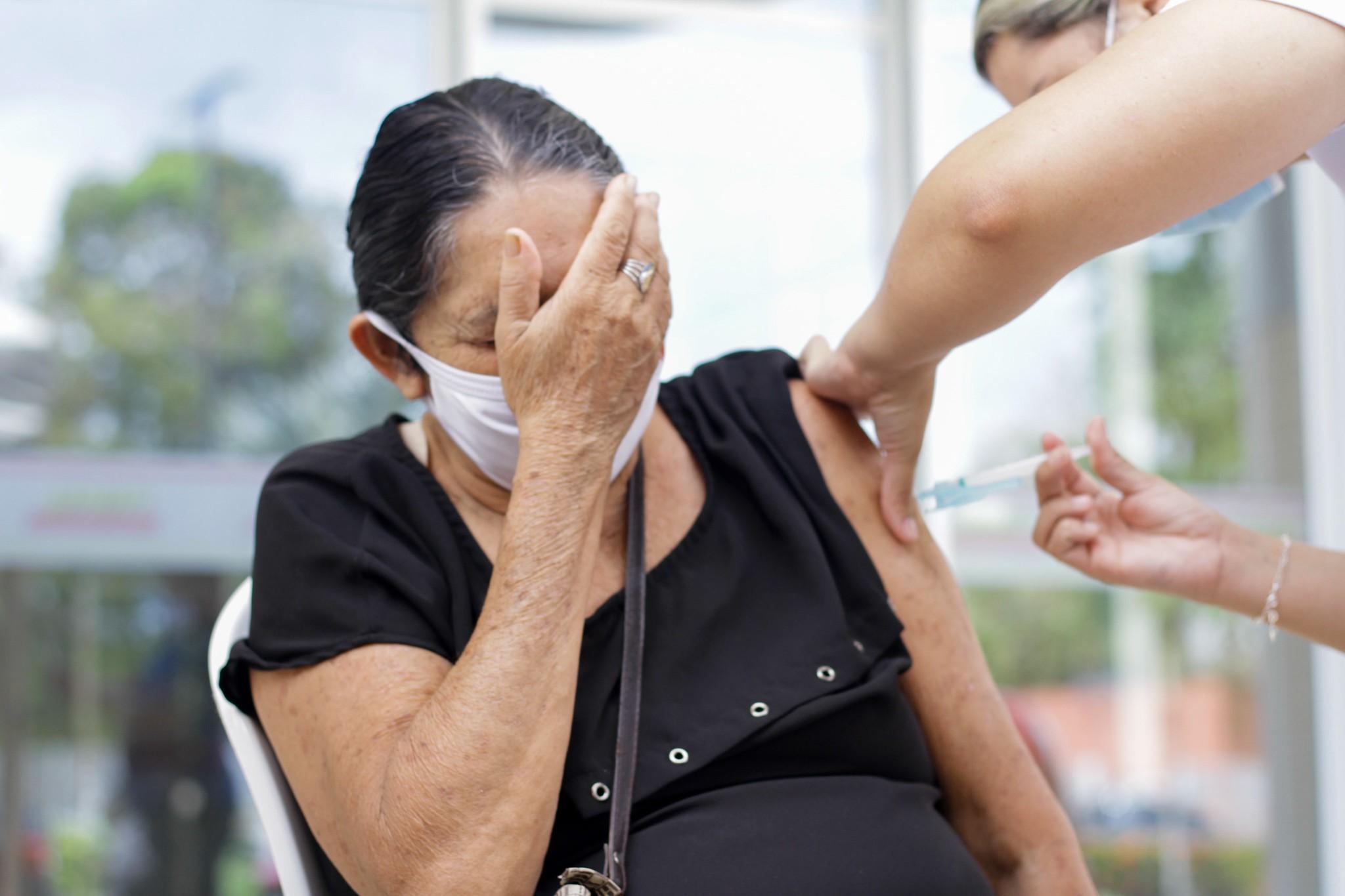 Manaus tem 15,5 mil atrasados na 2ª dose da vacina contra a Covid
