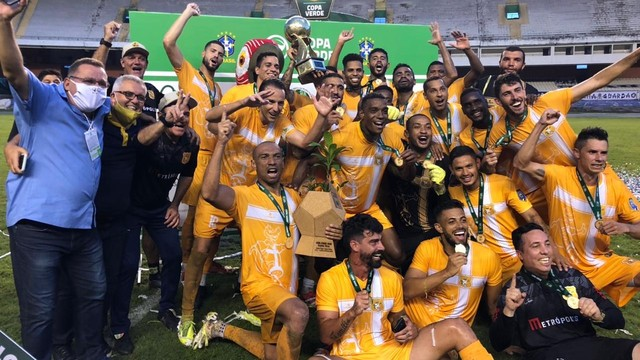 Brasiliense conquistou o título da Copa Verde 2020 no Mangueirão