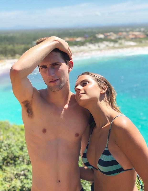 Felipe Ricca e a namorada, Flavia Mekler (Foto: Reprodução/Instagram)