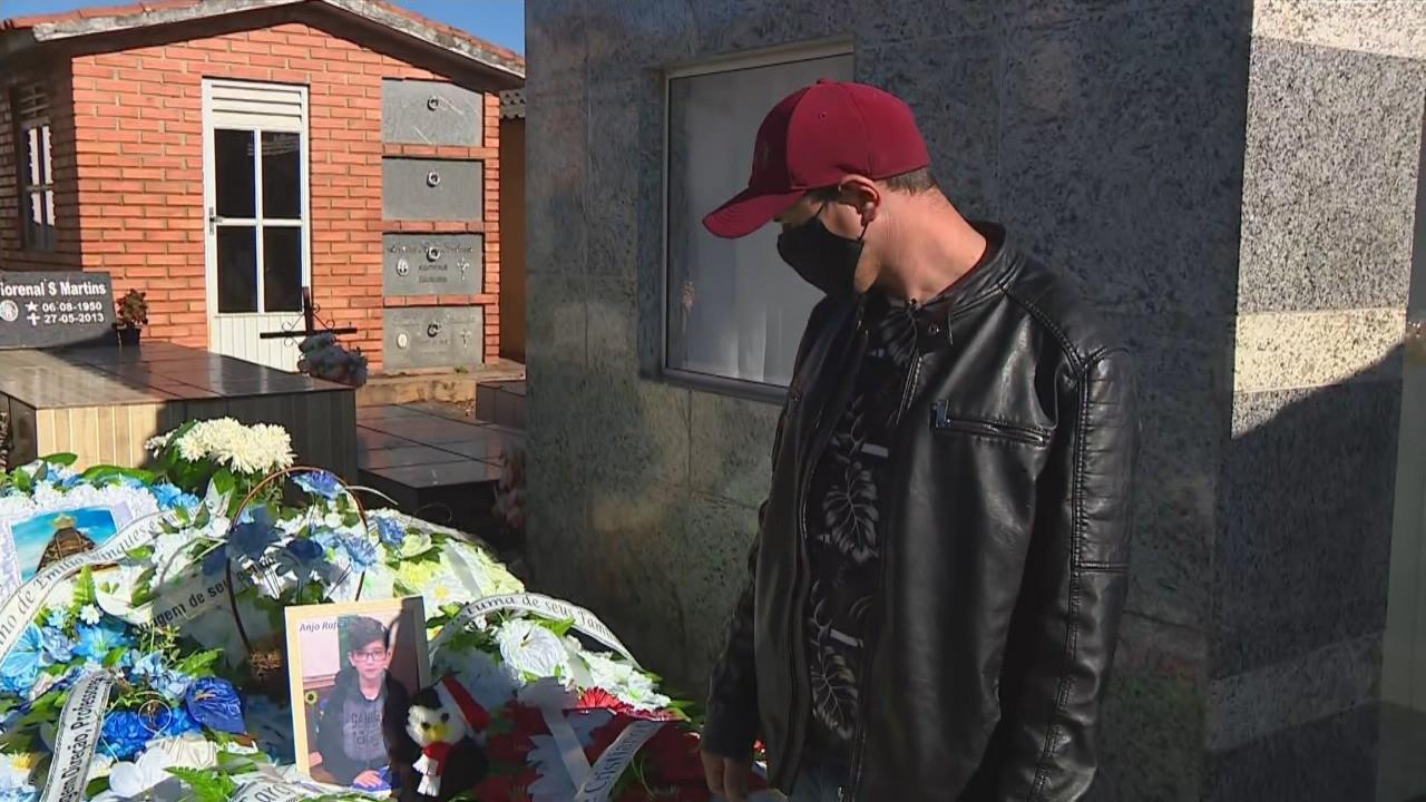 'Nunca esperava uma mãe fazer isso com um filho', diz pai de menino morto em Planalto