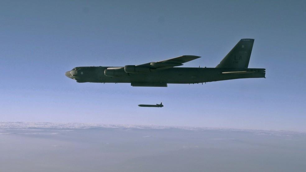B-52 das Forças Armadas dos EUA participa de treinamento militar, em 2014 (Foto: Air Force/Staff Sgt. Roidan Carlson/Reuters/Divulgação)