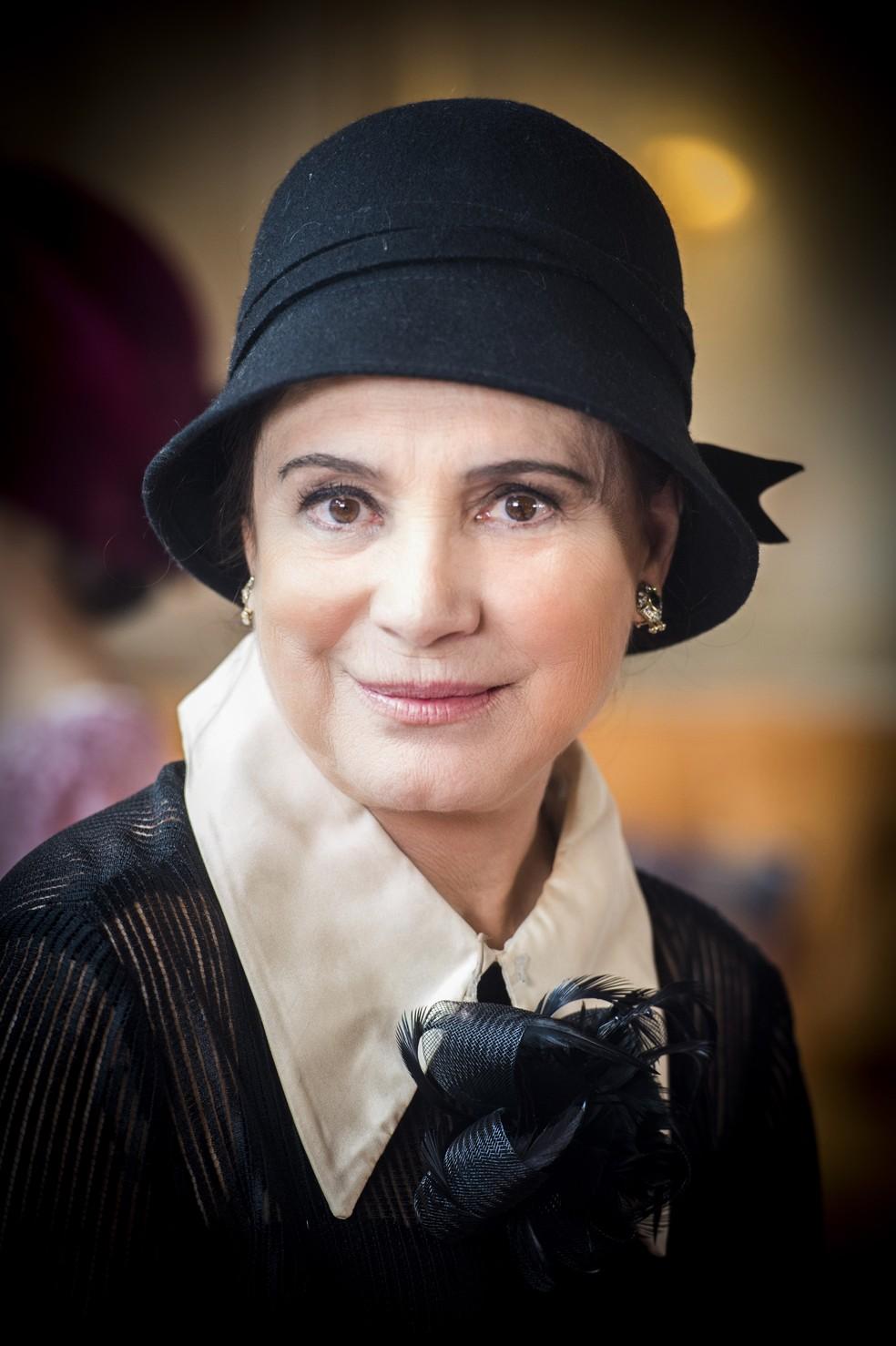 Regina Duarte como Madame Lucerne (Foto: João Miguel Junior/TV Globo)