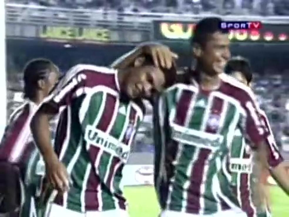 Thiago Silva e Cícero marcaram os gols da vitória do Fluminense sobre o Libertad em 2008 — Foto: Reprodução