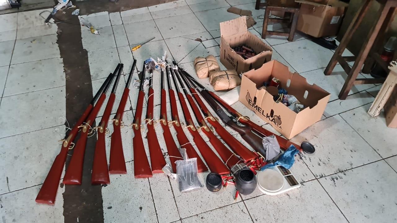 Polícia Civil apreende drogas e espingardas durante operação de combate ao tráfico no Sul do Piauí