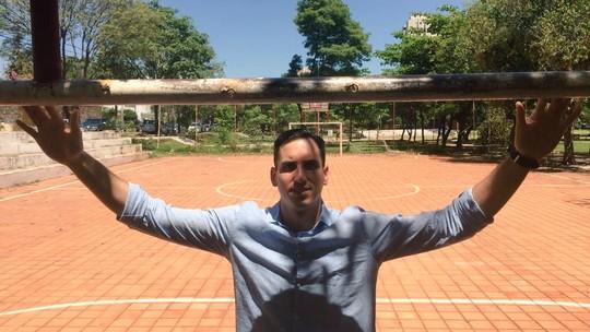 """As férias do Gatito 🐈: goleiro do Botafogo abre a porta de casa no Paraguai e mostra o seu """"habitat"""""""