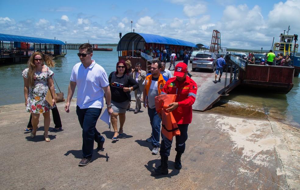 Operação focou nos itens de acessibilidade na empresa que realiza as travessias de pedestres e carros de Cabedelo para Lucena — Foto: Procon/Divulgação