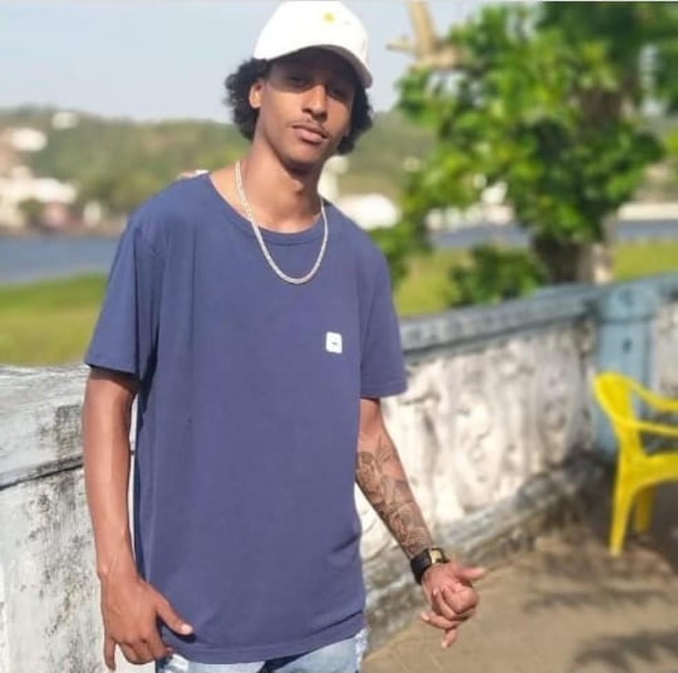 Davi Pereira foi morto durante ação da PM, em São Félix, na Bahia — Foto: Redes sociais