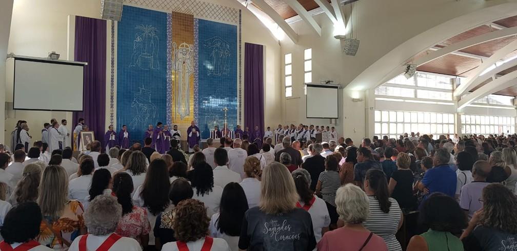 Missa em Florianópolis marca abertura de processo de beatificação de Marcelo Henrique Câmara — Foto: Paulo Mueller/NSC TV