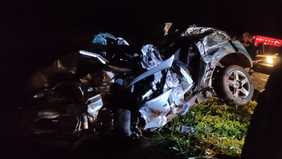 Acidente aconteceu na a BR-369, entre Bandeirantes e Santa Mariana, na madrugada desta quinta-feira (7) — Foto: Reginaldo Tinti/Anuncifacil.com