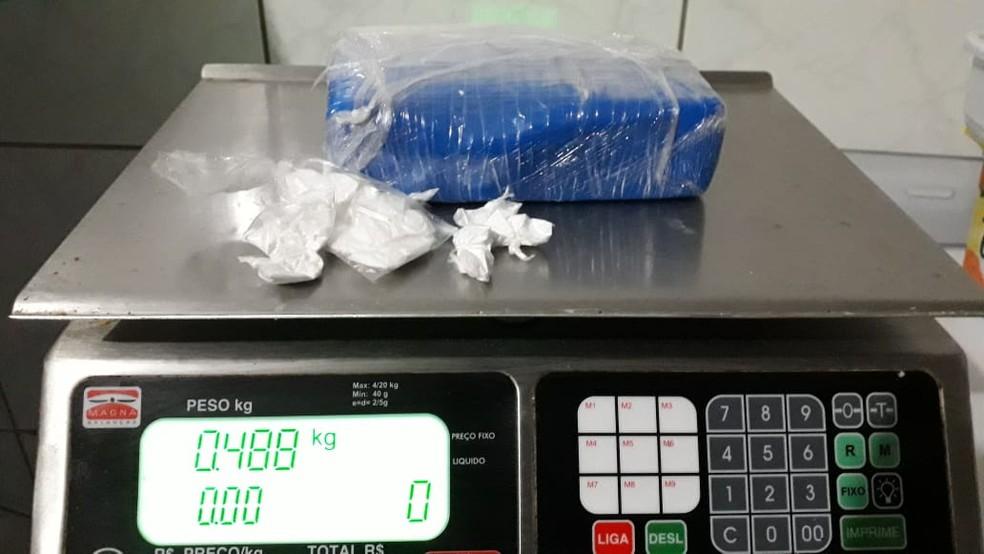 Quase meio quilo de droga foi apreendido em Paulistana — Foto: Reprodução/Polícia Militar