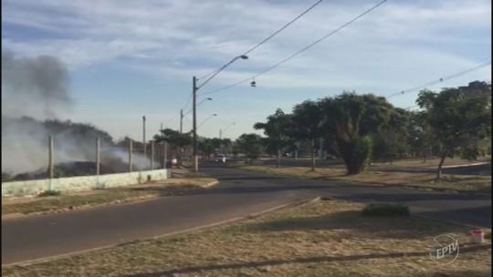 Vídeo mostra incêndio em ecoponto do bairro Cecap Eldorado em Piracicaba
