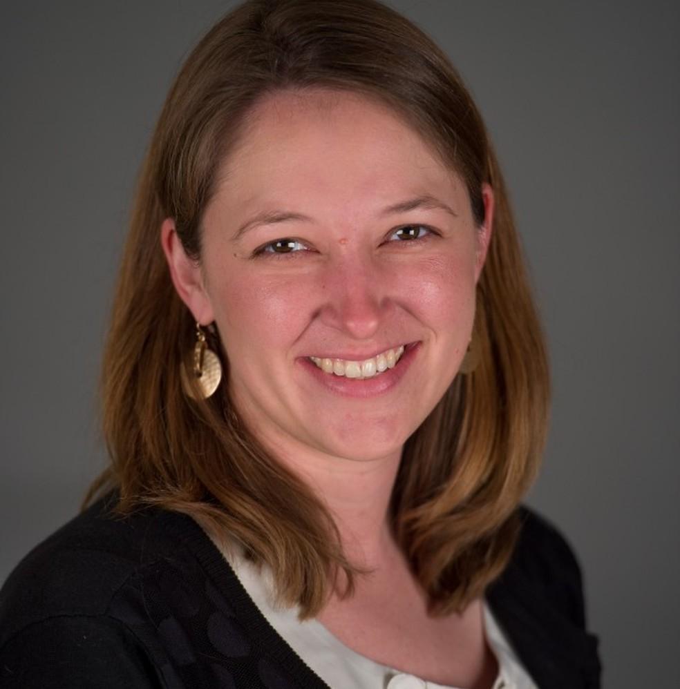 Ashley Glode, professora da faculdade de farmácia: resistência dos profissionais atrelada à falta de dados e regulação — Foto: Divulgação