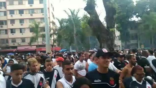 Passo a passo: entenda o domingo de caos fora de campo na final entre Vasco e Fluminense