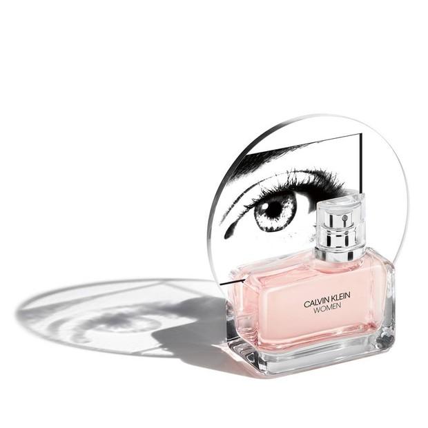 CK Women, primeiro perfume de Raf Simons para a Calvin Klein (Foto: Divulgação)