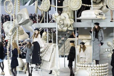 Chanel ready-to-wear, inverno 2010: carrossel fashionista
