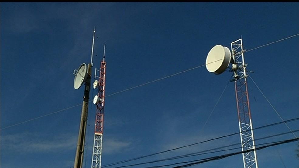 Antenas de telefonia e internet poderão ser instaladas em menos tempo em Goiânia (Foto: Reprodução/TV Anhanguera)