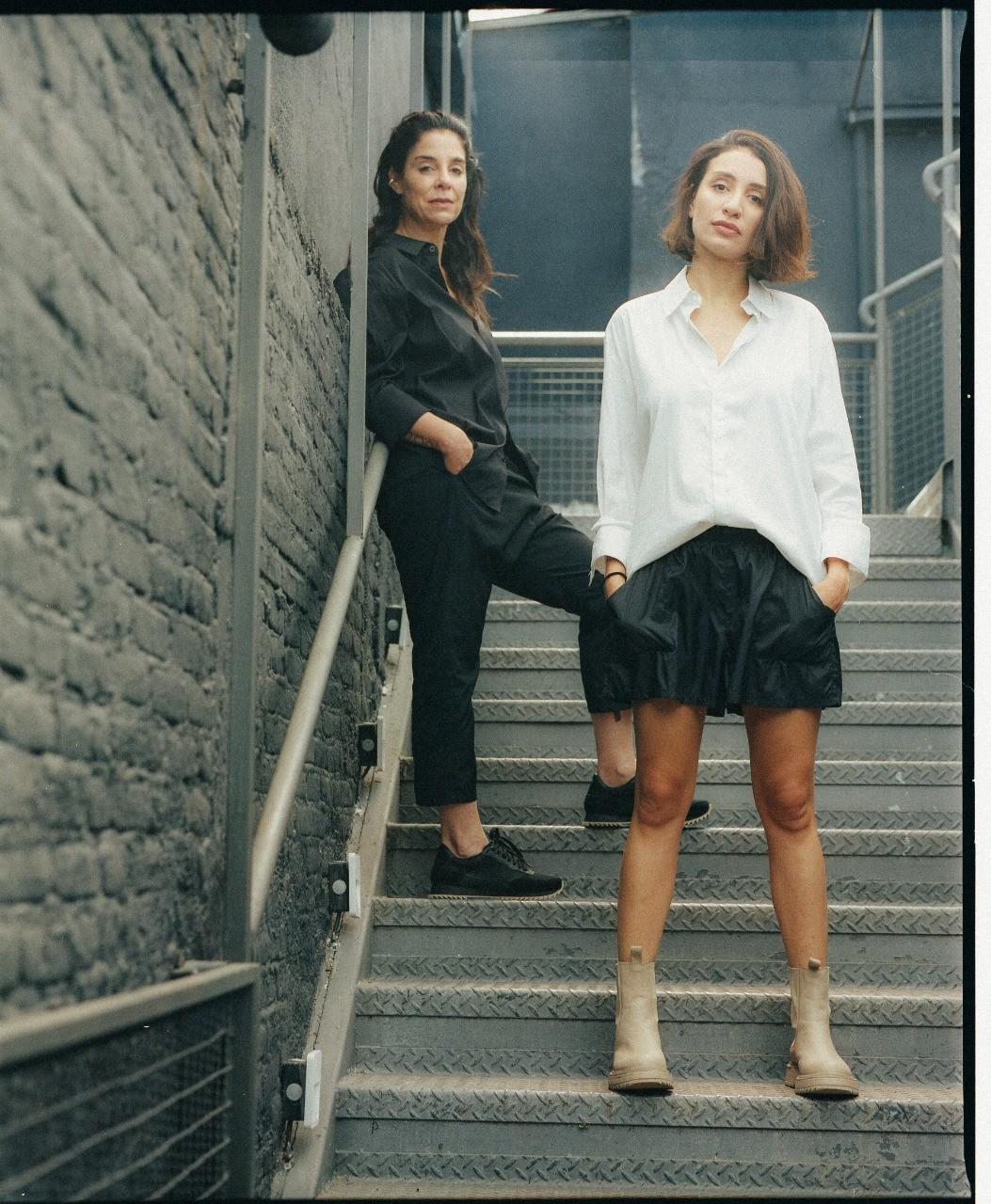 Raquel e Vanessa Davidowicz (Foto: Adasz)