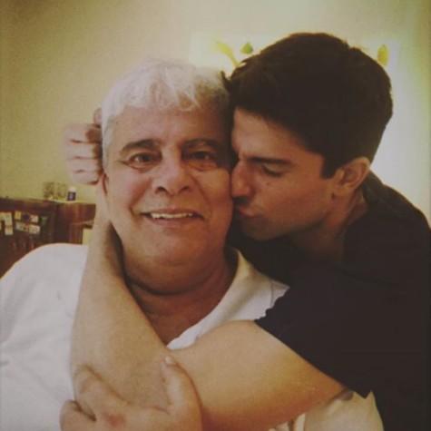 Diego Montez com o pai, Wagner Montes (Foto: Reprodução)