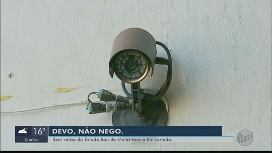 Dívida de R$ 1,6 milhão deixa ruas e prédios públicos sem energia em Itaú de Minas, MG