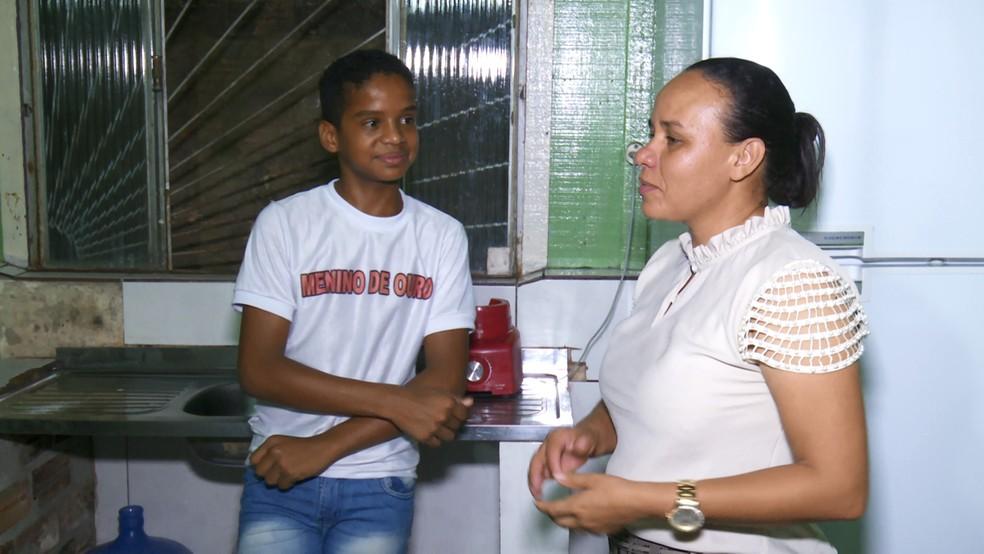 'Um ótimo filho e um excelente companheiro, ele merece o nome de menino de ouro', diz mãe.  — Foto: Rede Amazônica/Reprodução