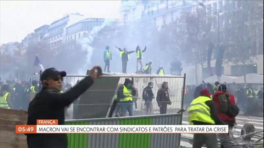 Macron vai se encontrar com sindicatos e patrões para tratar de crise na França