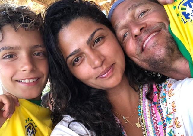 Camila Alves com a família (Foto: Reprodução/Instagram)