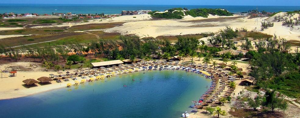 Lagoa de Pitangui, em Extremoz, é um dos principais pontos turísticos no litoral Norte potiguar (Foto: Bar da Lagoa/Reprodução)