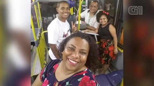 Manicure rejeita convite de viagem e passa réveillon dentro de ônibus com marido cobrador no RJ