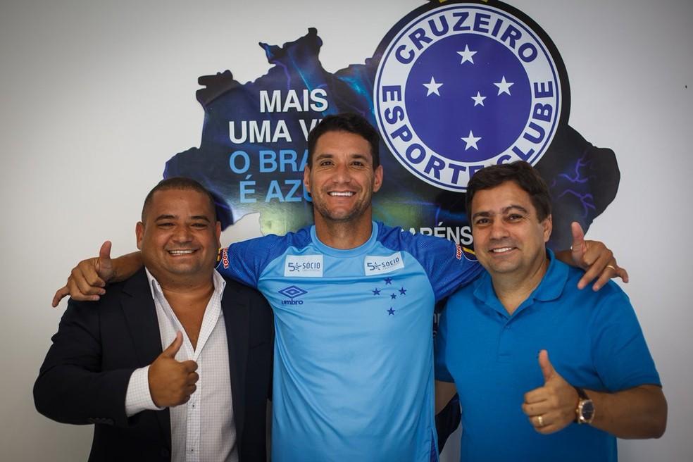 Empresário de Thiago, Leandro Lima, Thiago Neves e Itair Machado — Foto: Divulgação/Cruzeiro