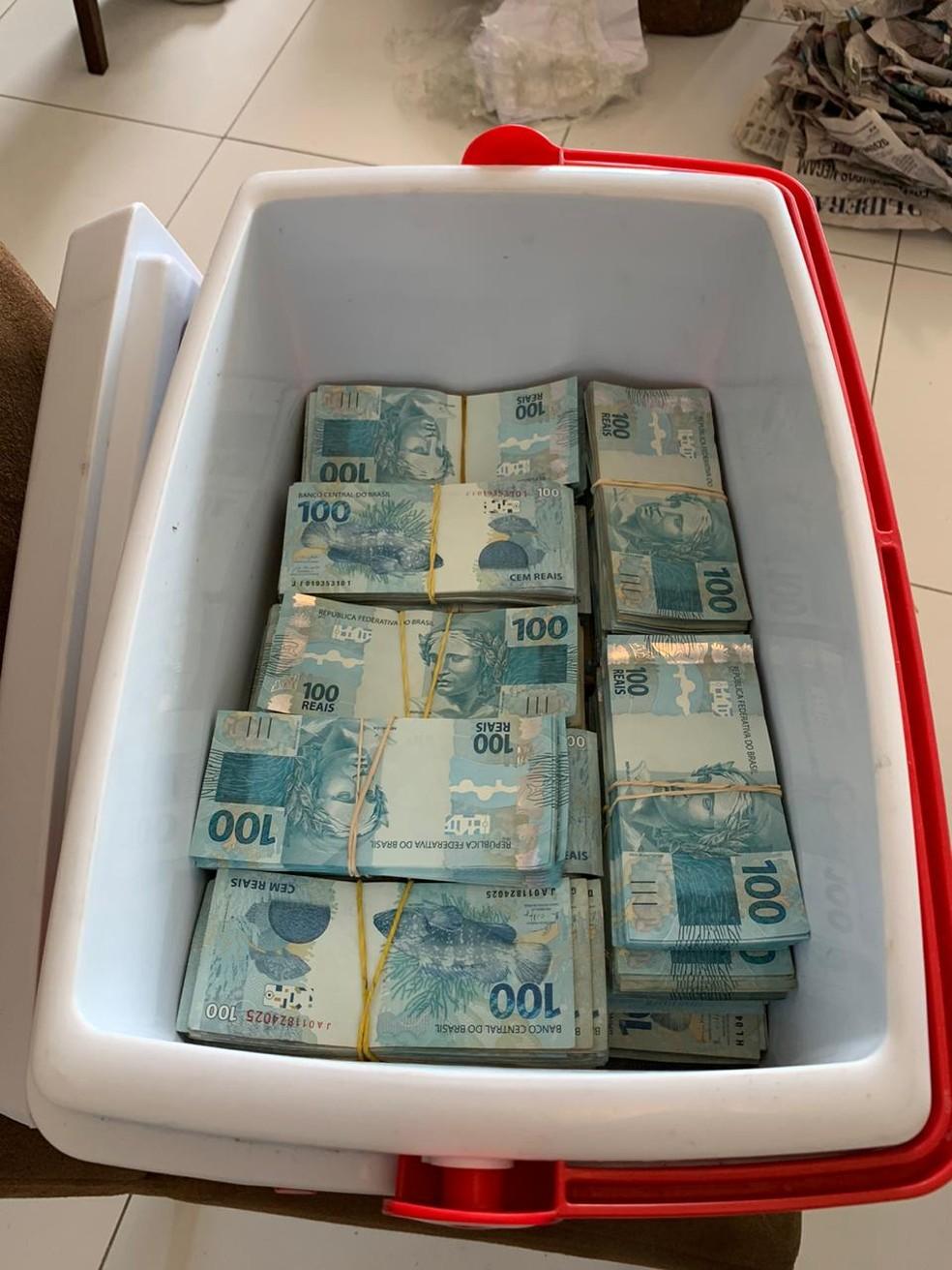 Polícia Federal apreendeu R$ 750 mil durante operação que investiga fraudes na compra de respiradores no Pará. — Foto: Polícia Federal
