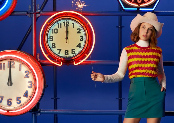 Millie Bobby Brown na nova campanha da Calvin Klein (Foto: Divulgação)