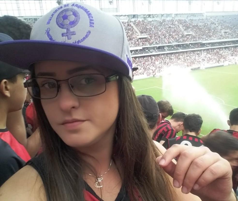 Elise acredita que o machismo no futebol é reflexo da mentalidade dominante no país (Foto: Arquivo pessoal)