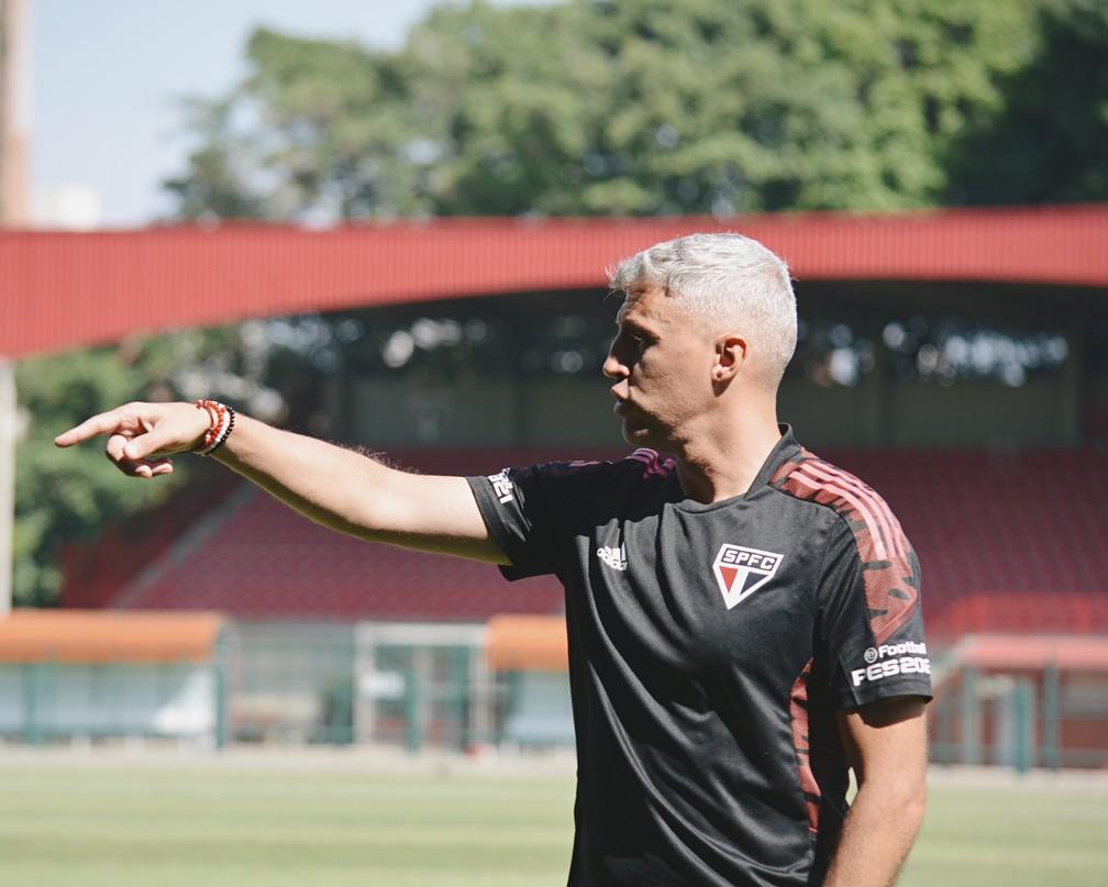 Hernán Crespo em treino do São Paulo — Foto: Divulgação São Paulo