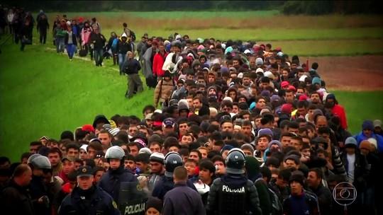 Muros separam a sociedade de ideais de união e igualdade