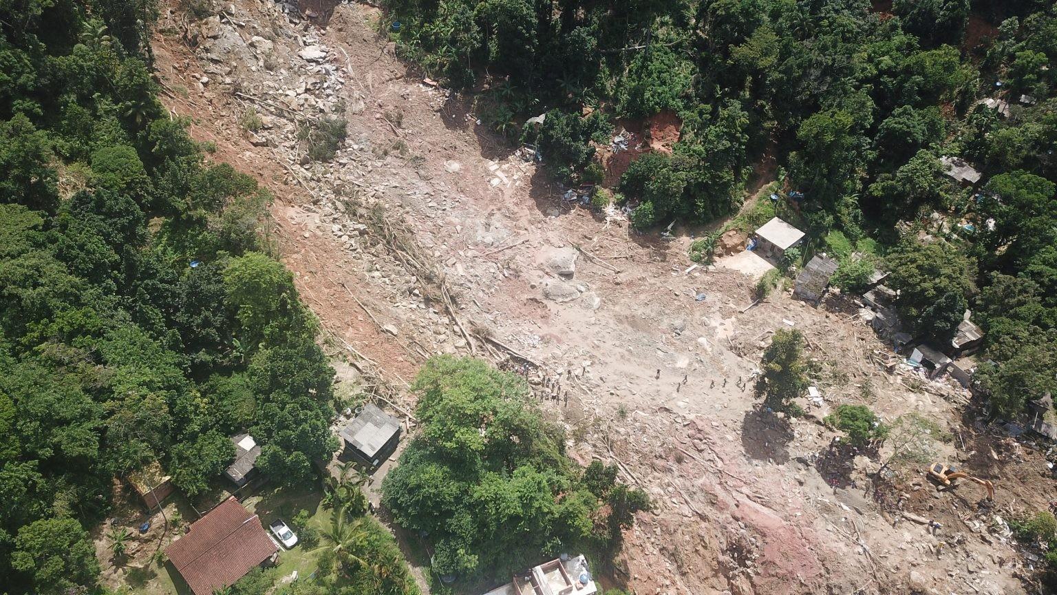 Prefeitura de Guarujá reivindica verba do Estado para obras de contenção nos morros