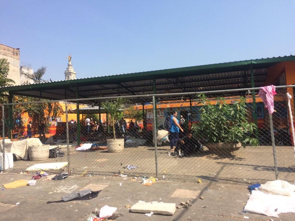Prefeitura disse que CAPS passou a funcionar, 'sem prejuízo dos atendimentos', em antiga tenda do programa Braços Abertos (Foto: Paula Paiva Paulo/G1)