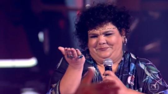 Simone Mazzer do 'The Voice Brasil' começa 2021 com projeto musical em Londrina, sua cidade natal