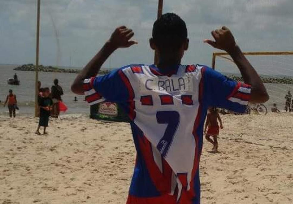 Antes de iniciar carreira como atleta, Chico Bala chegou a disputar torneio amador de Beach Soccer — Foto: Arquivo pessoal