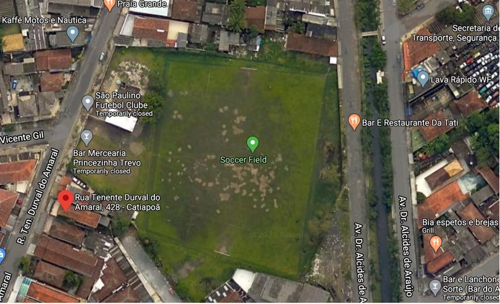 Imagem área do terreno em São Vicente em que a prefeitura cobra IPTU do São Paulo — Foto: Reprodução/Google Maps