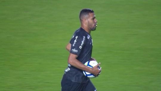 """Apesar do gol, Jonathas não gosta de estreia como titular do Corinthians: """"Partida péssima"""""""