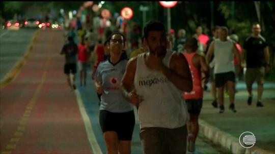 Bancário de 52 anos descobre corrida de rua, se empolga e cria grupo de corredores