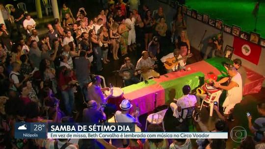 """Uma semana depois da morte de Beth Carvalho, cantora é lembrada em """"samba de sétimo dia"""""""