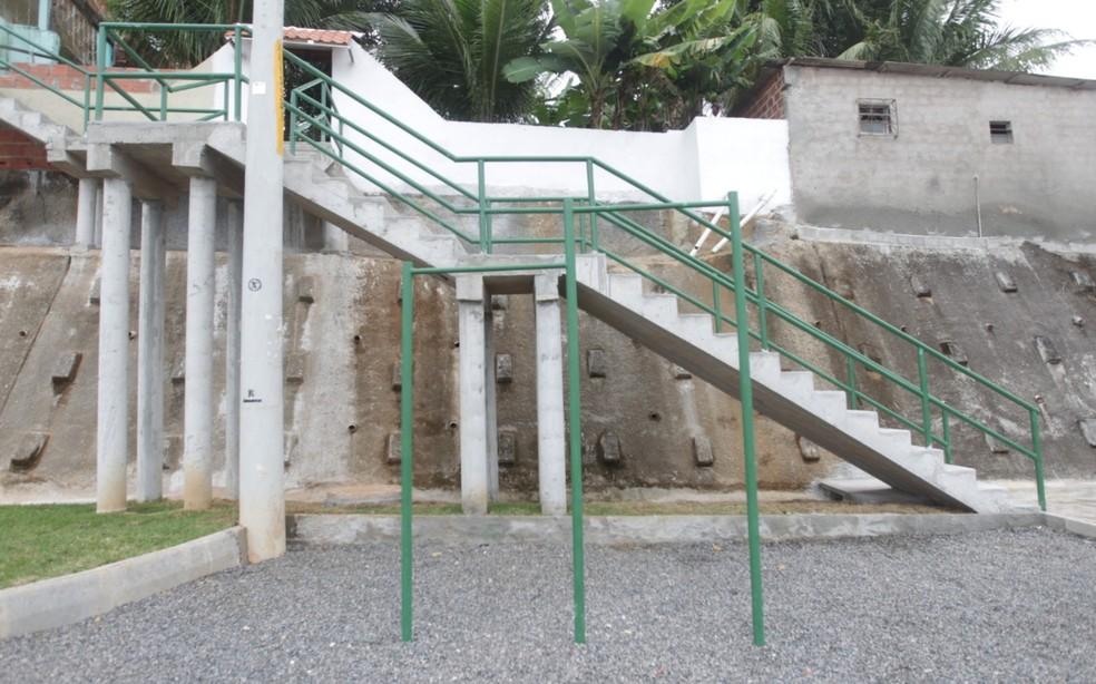 Obra de encosta foi entregue nesta segunda-feira (14) no bairro de Praia Grande — Foto: Divulgação/Secom
