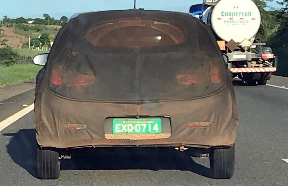 Hyundai HB20 flagrado em testes em Tatuí — Foto: Mayara Corrêa/G1